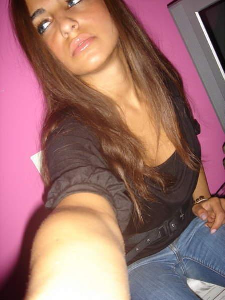 Jeune femme cherche partenaire sexuelle sur la region de l Aquitaine