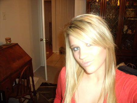Jeune femme recherche plan cul sur Nimes suivi ou non