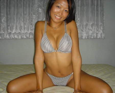 Belle asiatique Angouleme sexy et trés coquine cherche homme pour moment de détente et de plaisir