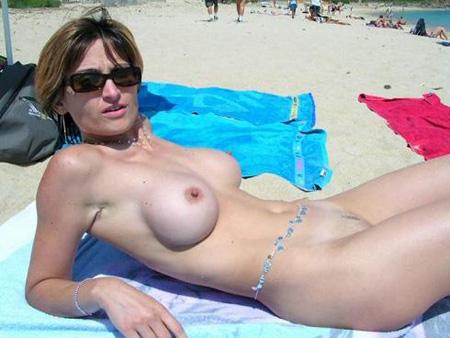 Jeune femme célibataire de 34 ans