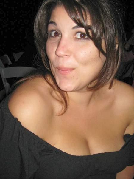 Femme de 28ans sur Nancy recherche un homme pour une relation suivi et discrete